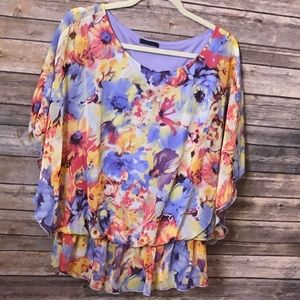 West Kei Floral Top Size XL
